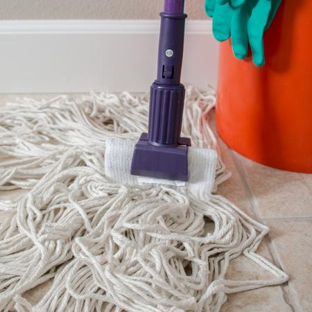 "36947568 - Jaw Style Mop Handle 60"" - Purple"