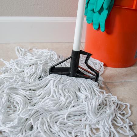 "4166402 - Sparta® Spectrum® Quik-Release™ Fiberglass Mop Handle 60"" Long / 1"" D - White"